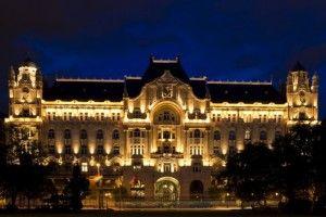 Gresham_Palace_в_Будапеште