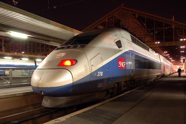 поезд TGV