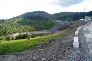 строительство дорог в Карпатах