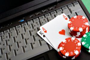 История возникновений интернет казино