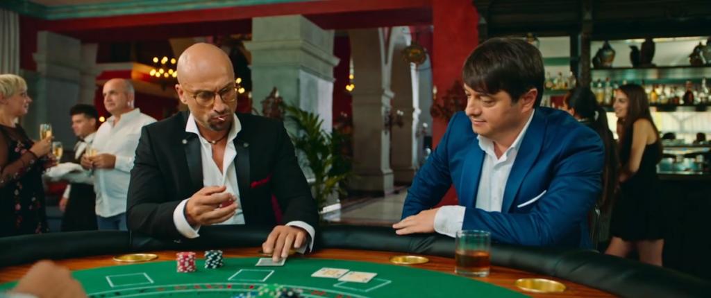 покерные раздачи в кинофильмах