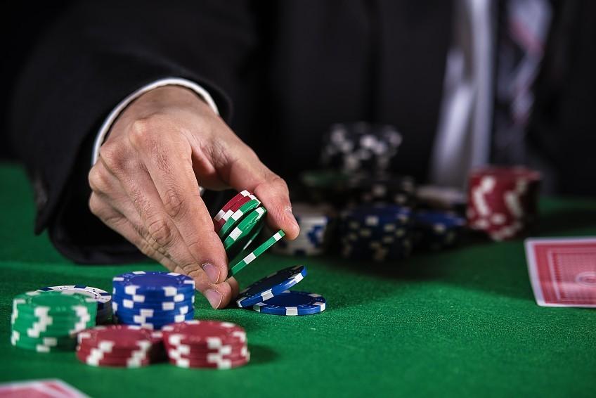 тактики покера онлайн