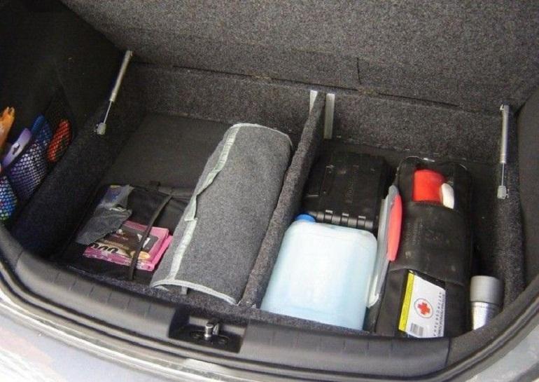 Как правильно обустроить багажник машины